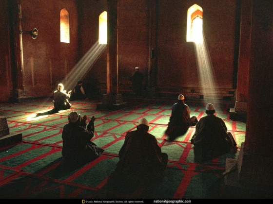 mosque-interior-stunning-photo