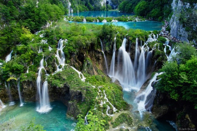 plitvice lake croatia 670x446